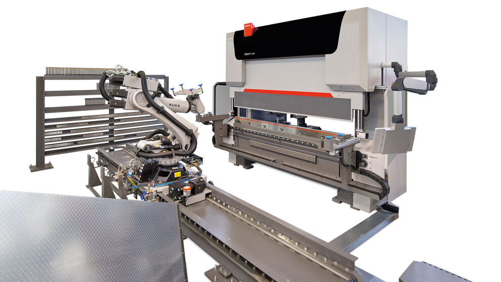 Bending Cell: Xpert Pro plus automation